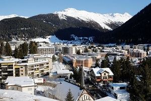 Ebullient Mood in Davos Should Put Investors on Edge